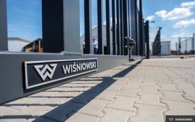 04-v-king-wisniowski